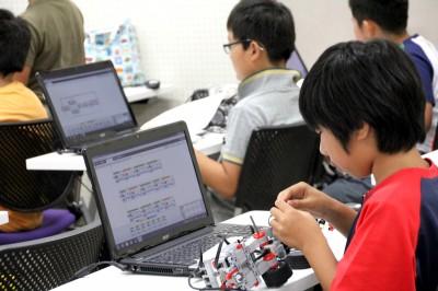平成26年度 ITロボットこうざ第5回の様子01