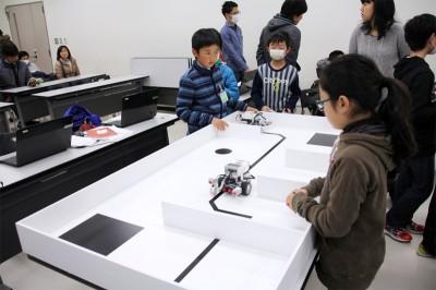 平成26年度 ITロボットこうざ第8回の様子03